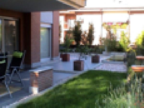 Immagini Di Giardini Moderni : Foto giardini moderni di d g costruzioni habitissimo