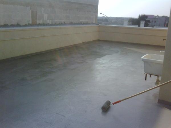 Foto guaina prima della posa dei mattoni di edil lotti di for Case prefabbricate a lotti stretti
