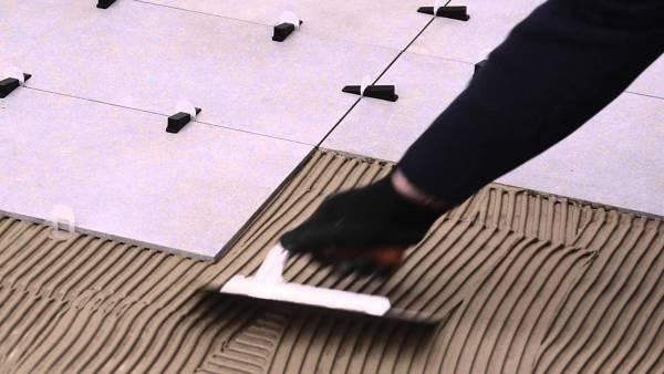 Foto pavimenti di srl 527658 habitissimo - Distanziatori per piastrelle autolivellanti ...