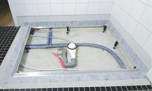 Foto Ristrutturazione Bagno Con Piatto Doccia A Filo Pavimento Di Itc Srl 396593 Habitissimo