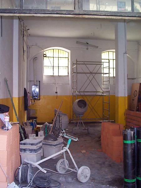Foto officina meccanica zona ticinese di tecnodastal for Arredamento officina meccanica