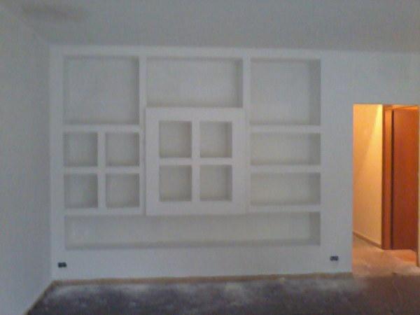 Foto parete attrezzata in cartongesso di decorgessi di for Parete attrezzata in cartongesso immagini