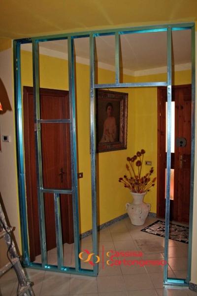 Foto parete divisoria cartongesso di antonio cassisa - Come costruire una parete in cartongesso con porta scorrevole ...