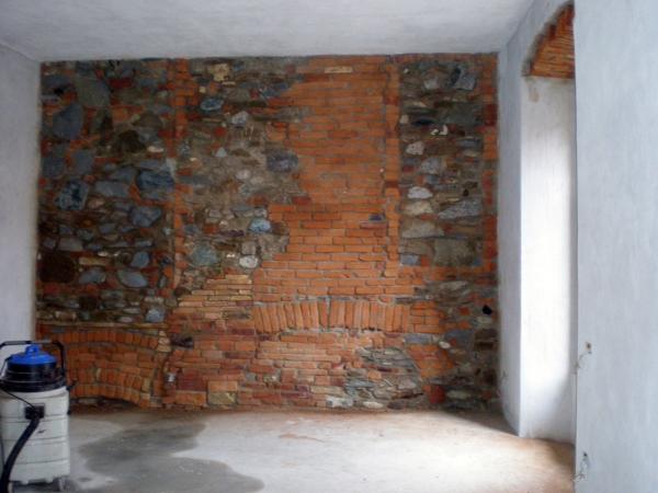 Foto parete in pietra e cotto di la perla levigatura e - Pietre da parete per interni ...