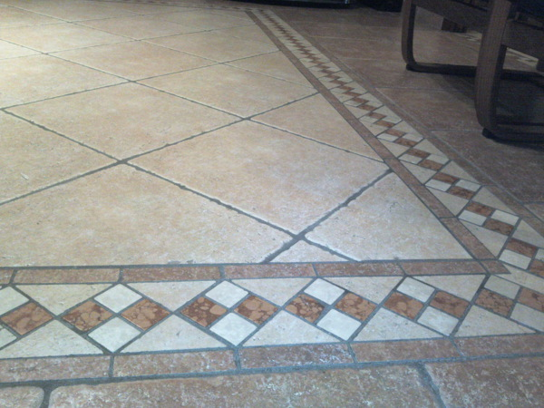 Foto pavimento con greca de ditta seminerio 167186 - Piastrelle da balcone ...