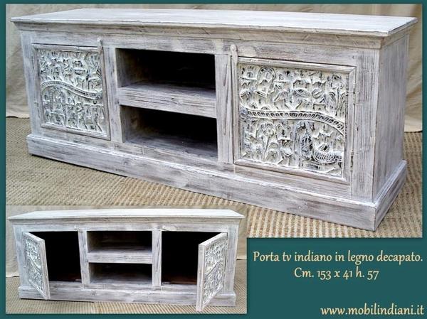 Foto porta tv etnico decapato di mobili etnici 113761 for Arredamento etnico bari