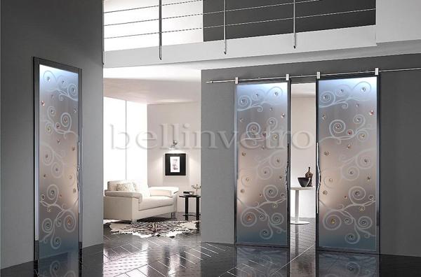 Foto Porta Vetro Satinato Disegno Sabbiato E Formelle