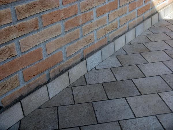 Foto posa piastrelle per esterno di impresa edile de fazio