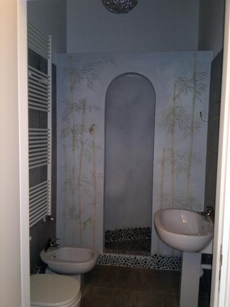 Foto rifacimento bagni con doccia in muratura su misura for Box doccia in muratura foto