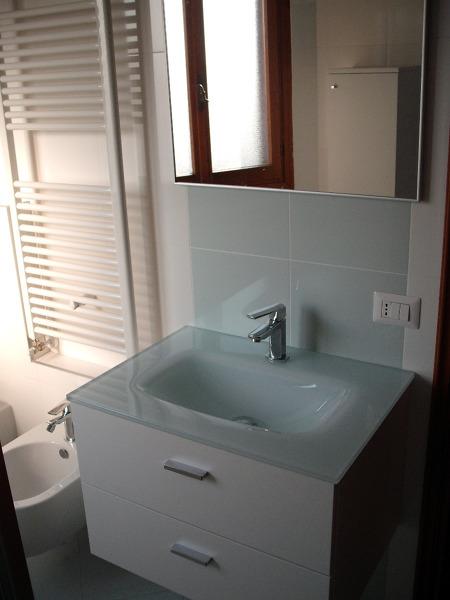 Foto ristru bagno verde acqua di gieffe restauri 41568 habitissimo - Piastrelle bagno verdi ...