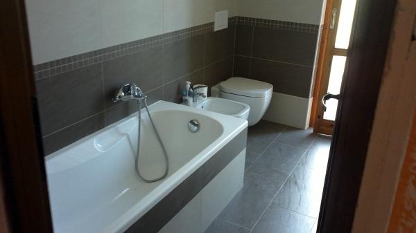 Foto ristrutturazione completa di un bagno in provincia di verona