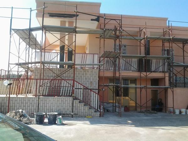 Foto ristrutturazione villa di edil lotti di giuseppe for Case prefabbricate a lotti stretti