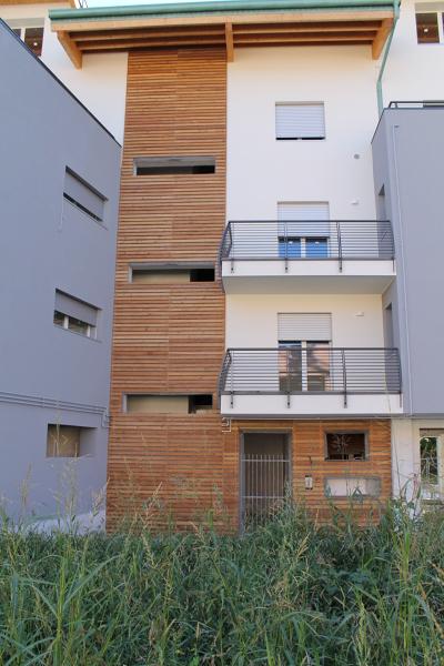 Foto Rivestimento Facciate In Legno Di Superfici Milano 205235