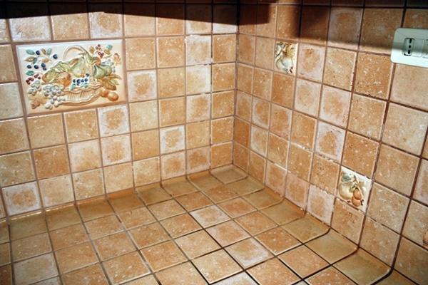 Foto rivestimento piano cucina in muratura di alpa - Rivestimento mattonelle cucina ...