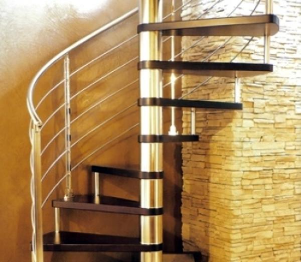 Foto scala a chiocciola legno e acciaio di mach andrea ditta individuale 145839 habitissimo - Scale a chiocciola bari ...