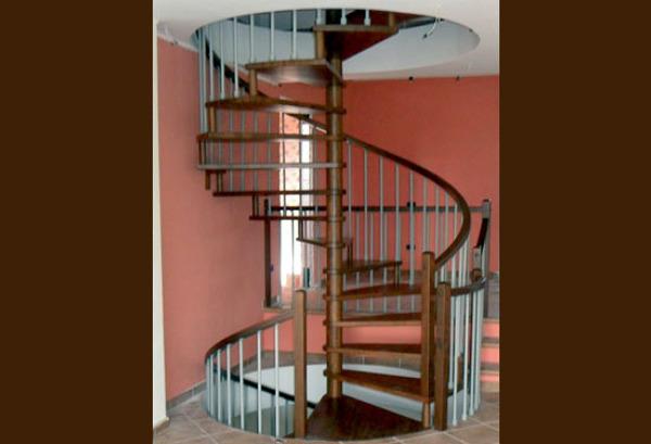 Foto scale a chiocciola sovrapposte tonde diametro 2 metri di artiscala 94040 habitissimo - Scale a chiocciola bari ...
