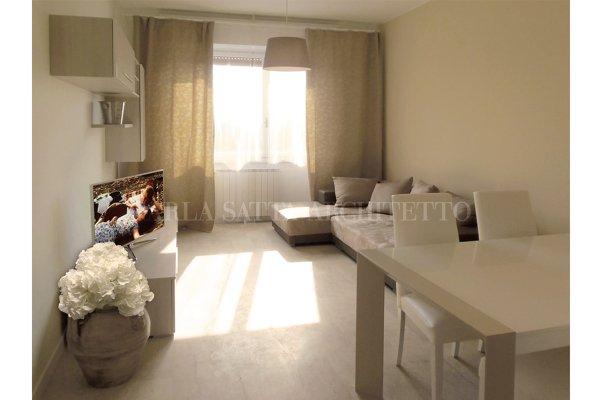 Foto soggiorno moderno con grande divano letto di carla for Divano letto grande