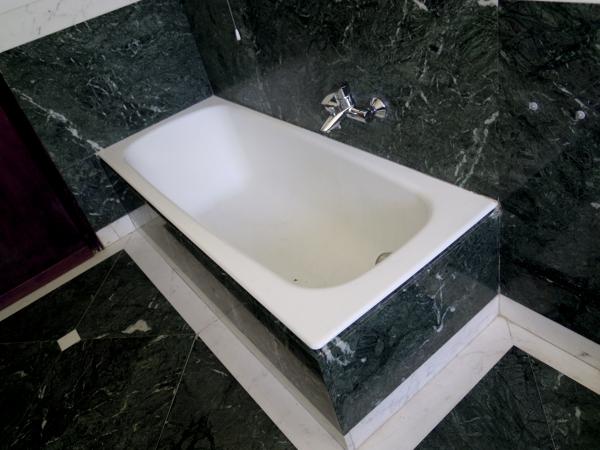 Rifacimento Vasca Da Bagno Torino : Foto: sostituzione vasca da bagno senza rompere le piastrelle di