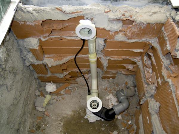Foto sostituzione vasca da bagno senza rompere le - Come cambiare vasca da bagno senza rompere piastrelle ...