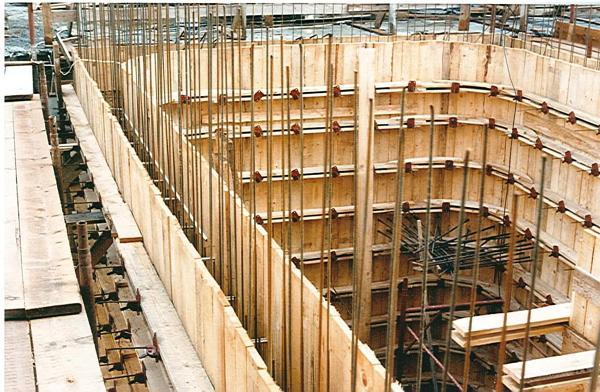 Foto struttura per costruzione in cemento armato di edil - Costruzione piscina in cemento armato ...
