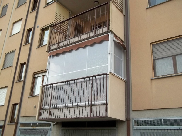 Foto: Tende Veranda Antivento Per Balconi Particolari Http ...