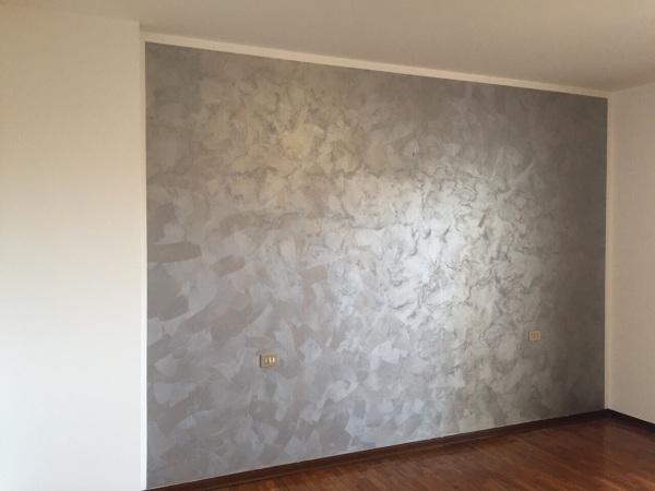 Foto tinteggiatura parete di salviato allestimenti 266798 habitissimo - Pittura pareti interne ...