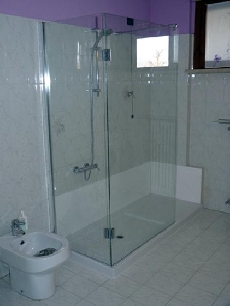 Doccia in muratura con vetrocemento la scelta giusta for Piccola doccia della casa