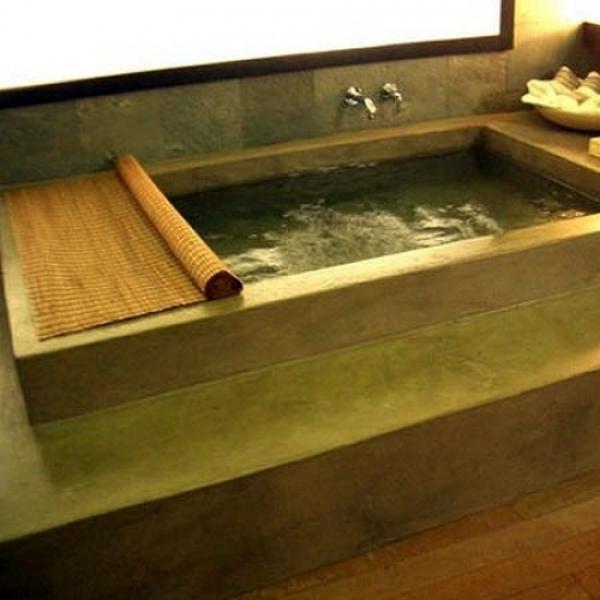 Foto vasca da bagno stile lusso moderno di pavimento - Vasca bagno legno ...
