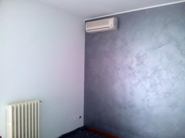 Foto velatura grigio perla di mulfari felice imbiancature 65092 habitissimo - Imbiancatura camera da letto ...