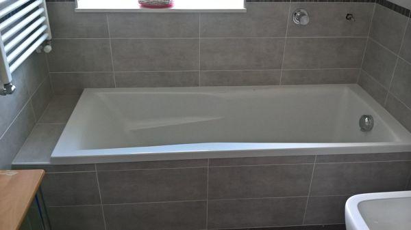 Montaggio Vasca Da Bagno Ad Incasso : Foto: vendita e montaggio vasca incasso con finiture di termocase