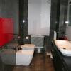 Pulizia zona mangime, ufficio, bagno e spogliatoio