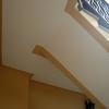 Togliere moquette da una scala e posizionare il parquet