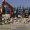 Demolire  e smaltire pavimentazione