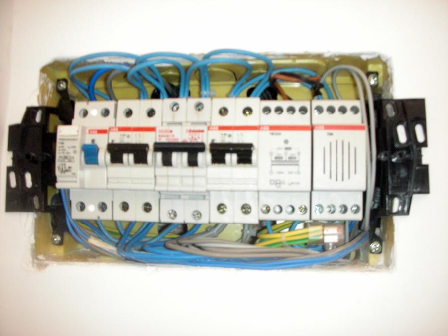Impianti elettrici a norma offerte elettricisti - Certificato impianto elettrico a norma ...