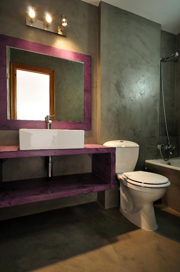 Bagno ristrutturato con rivestimento Microcemento Topcret