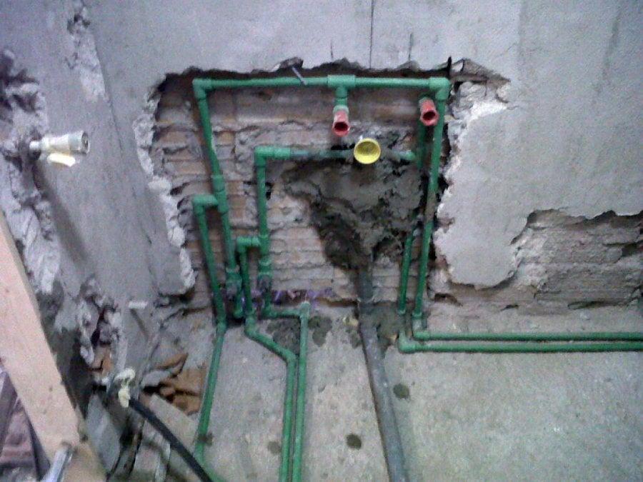 Offerta impianto idrico bagno a soli 900 offerte ristrutturazione bagni - Tubazioni bagno ...