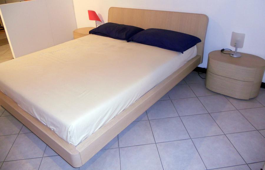 Offerta camera da letto pianca nuova da esposizione - Offerte mobili camera da letto ...