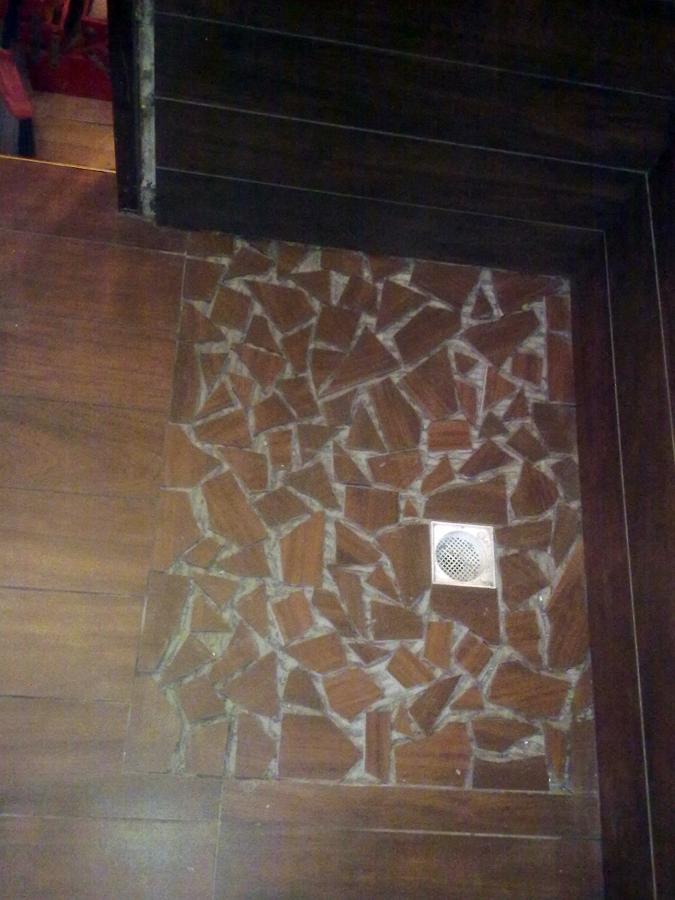 Doccia offerta completa bagno offerte piastrelle a mosaico - Montaggio piastrelle bagno ...