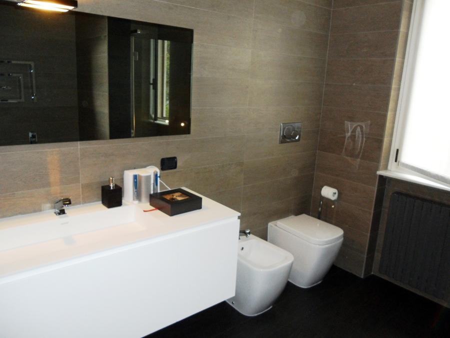 Offerta ristrutturazione bagno 3900 offerte for Offerte bagni