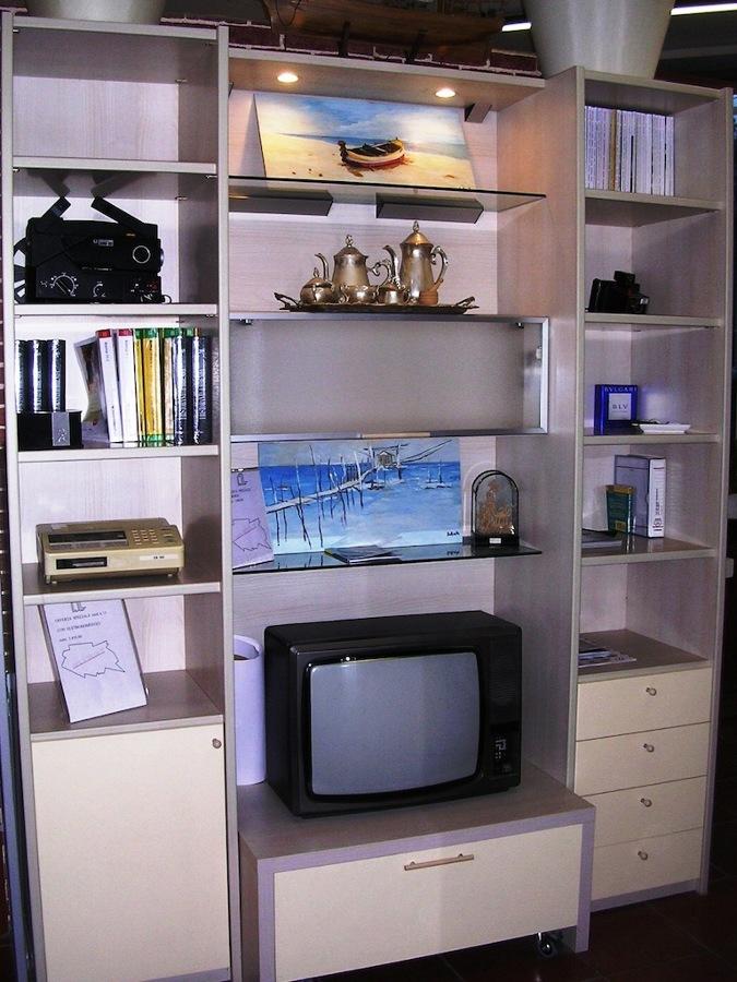 Mobile da soggiorno porta televisore offerte infissi - Mobile soggiorno fai da te ...