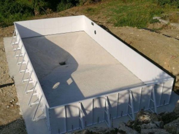 Kit piscina in pannelli d'acciaio