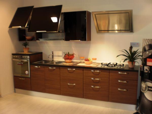 Cucina mobili cucina offerta for Mobili in offerta