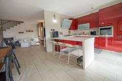 Tinteggiatura Pareti Rosso e Bianco Salone