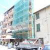 Facciata a Ventimiglia a lavori in corso