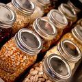 cucina ordinata e ben organizzata