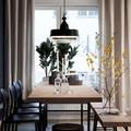 Tavolo e panca con piani in sughero