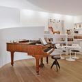 Vista della parete vela che accoglie il pianoforte