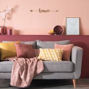 arredamento rosa e grigio