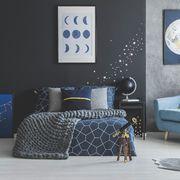 Cameretta per ragazzi a tema stelle e pianeti