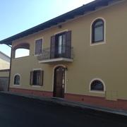 Risanamento tinteggiatura e decorazione  esterna di abitazione